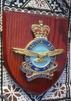 1 X WALL PLAQUE  18 X 13 X 3 CM ORIGINAL ROYAL CANADIAN AIR FORCE HAND CRAFTED