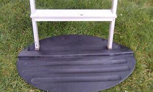 Rubber anti slip ladder mat