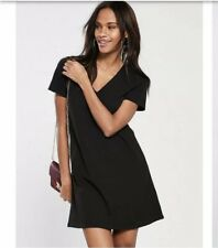 Women's Black ASOS Dress With V-Neck Size 6 New Without Tags