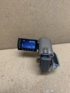 Jvc everio GZ MG330HEK 30gb HDD camcorder,35x optical zoom, with battery No Char