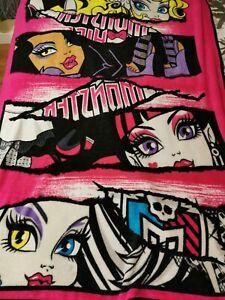 """Monster High Throw Blanket Glittery Fleece Size 47"""" x 66"""" Pink"""