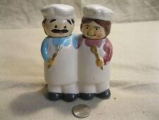 Chef Baker Happy Nester Couple Salt and Pepper Shakers Ceramic Alco Co        42