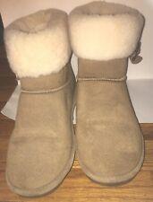 Bearpaw Boots Women Size 10 Abbey