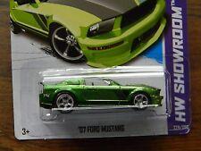 SUPER- '07 FORD MUSTANG-hot wheels 2013-VHTF-treasure hunt rare collectible VARI