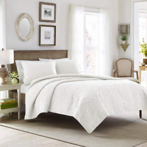 Quilt Set King Size Reversible Soft Machine Wash Polyester-Fill White (3-Piece)