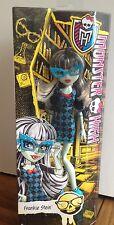 Monster High poupée Frankie Stein Entièrement neuf dans sa boîte Original Geek cri libération RARE