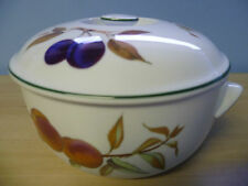 Royal Worcester Evesham Vale Round Covered Dish 2ltr - Boxed