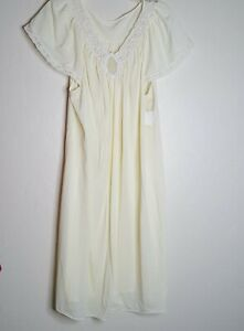Vintage Shadowline Night Gown Nightgown XLarge Yellow Rosebud Lace Knee Length