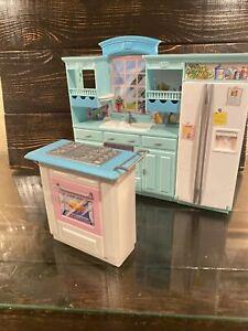 2002 Barbie Kitchen Set by Mattel Fridge Oven Sink Cupboards Window island