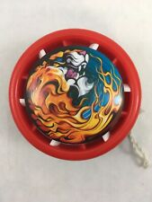 Auldey Red & Purple Plastic Yo Yo Lion and Dragons Design Hasbro