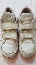 Nike - scarpe da ginnastica - N 35 - colore bianche rosa - chiusura a strappo -