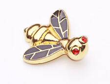 GRAND GOLD METAL BEE BROOCH WITH SHINY BLACK WINGS & RUBY GEMSTONE EYES (ZX39)