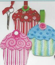 Cupcake Pockets applique quilt pattern by Susie C. Shore Designs