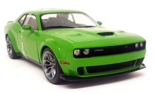 Solido 1/18 Scale - Dodge Challenger Scat Pack Green 2020 Diecast model car