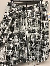 NEW LuLaRoe XL Black Gray & White Plaid Slinky Madison Pockets Skirt