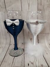 BRIDE and GROOM Wedding Glasses Mr & Mrs glasses Wine glass navy white