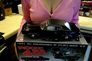 71 OLDSMOBILE CUTLASS SX ROCKET 455 TRIPLE BLACK 1:18 VINTAGE CAR ACME A1805615