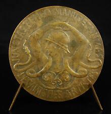 Medaille Damen Kriegerin mit Helm Schlange Stein Bergkristall 1900 die Freunde