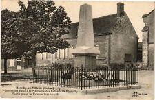 CPA Marcilly-en-Villette - Monument eleve a la Memoire (271352)