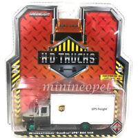 GREENLIGHT 33150 B HD TRUCKS INTERNATIONAL DURASTAR UPS BOX TRUCK 1/64 Chase