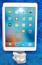 """Apple iPad Air 32 GB Wi-Fi Silver 9.7"""" 5 MP MD789LL/B"""