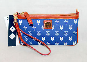NWT DOONEY & BOURKE NY METS Wristlet Blue Coated Canvas Lthr $88.GIFT