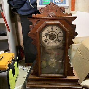 VINTAGE WATERBURY CLOCK CO GINGERBREAD WOOD MANTLE SHELF Working Read Descr