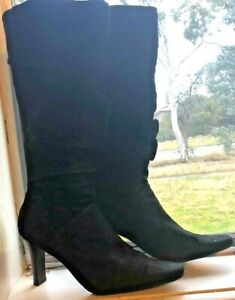 White Mountain Black knee high Heeled Zip up boots Size 7 Soft Velvet Material