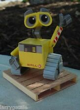 Disney Pixar's Wall E Figurine 1/24 Scale G Scale Diorama Accessory Item Awesome