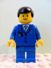 LEGO Minifig air028 @@ Airport - Blue 3 Button Jacket & Tie, Freckles 10159