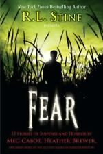 Fear: 13 Stories of Suspense and Horror (Paperback or Softback)