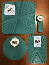 """Caribbean"" Set LE CREUSET Silicone Skillet Handle Sleeve Trivet NWT Hot Pad Mat"