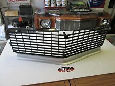 1968 CUTLASS 442 NEW CENTER GRILL EXCELLENT REPRODUCTION OF THE ORIGINAL GM PART