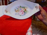 "TABLETOPS UNLIMITED VICTORIA FLORAL 121 1/2"" OVAL BAKING DISH"