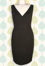 LOVELY! ELIE TAHARI WOMEN'S BLACK KNIT SLEEVELESS V-NECK SHEATH DRESS SIZE 8