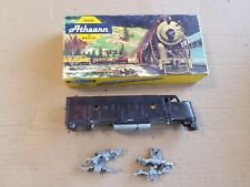 Athearn HO Undecorated F7A Dummy Diesel (trucks not in bag)