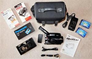 Quasar Vintage VHS Video Camcorder 14:1 Zoom - Model VM565 (FREE SHIPPING)