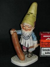 Goebel Porzellan Figur Co-Boy Zwerg Dwarf Wim als Metzger mit Wurst Well507