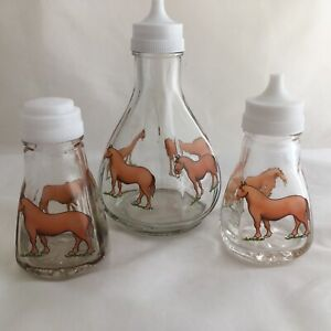 FUNKY FARM HORSE GLASS  SALT & PEPPER AND VINEGAR  SET