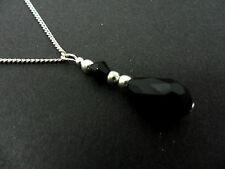 A PRETTY  BLACK  GLASS CRYSTAL TEARDROP NECKLACE. NEW.