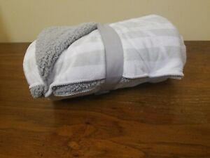 "Plush Velboa Baby Crib Blanket - Cloud Island Stripe - Gray/White  30"" x 40"""