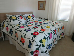 QUILT, KING SIZED, HAND APPLIQUED, MACHINE QUILTED