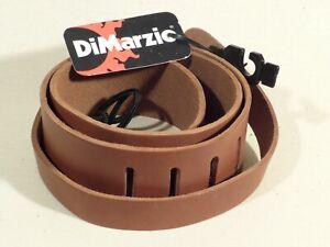 DiMarzio DD3212 Italian Leather Acoustic Guitar Strap in Brown