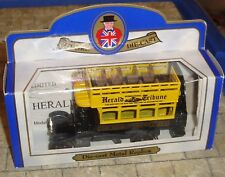 OXFORD DIECAST - THORNYCROFT BUS - HERALD TRIBUNE  - LIMITED EDITION - BOXED