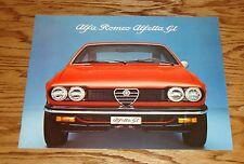 Original 1975 Alfa Romeo Alfetta GT Sales Brochure 75