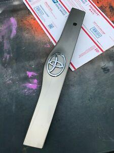 2004-2009 Toyota Prius Trunk Lid Trim Handle Molding Bracket Opener GOLD OEM