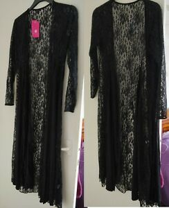 Soft lace & fabric long waterfall cardigan with full length sleeves. Size 24/26