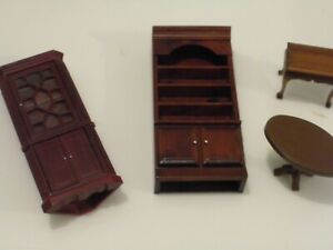 Dolls House Furniture 1/12 Scale  small lot of mixed furniture