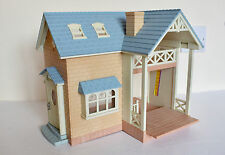Sylvanian Families Bluebell Cottage/Riverside Lodge with Bed - No Figures
