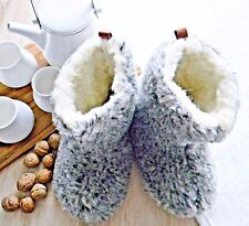 NEW SHEEPSKIN SLIPPERS FUR WOOL LEATHER MOCCASINS BOOTS WOMEN MEN WOOLEN SHOES